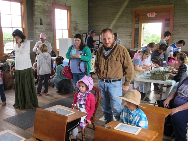 crowd in schoolhouse