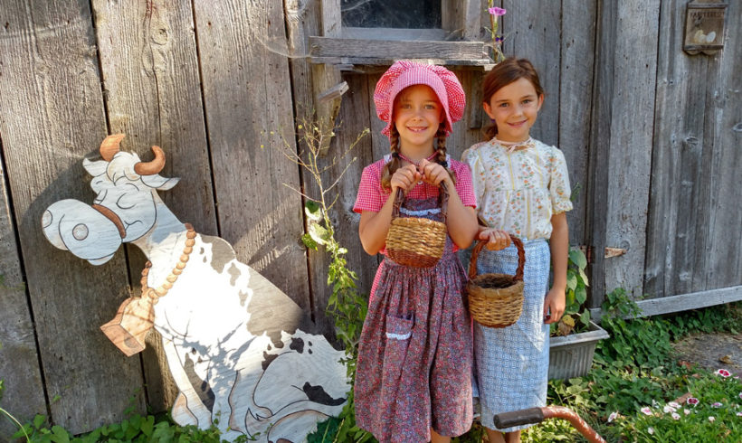 Girl Scouts: Home on the Prairie