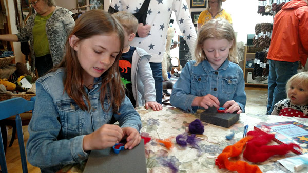 kids-needle-felting