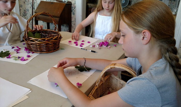 pressed flower vases activity pioneer homesteading